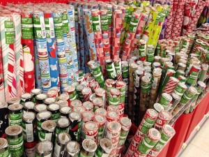 Christmas_wrapping_paper_display